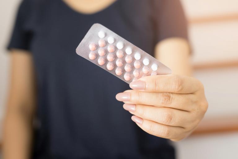 Die Pille und ihre Auswirkungen auf Darm und Leber