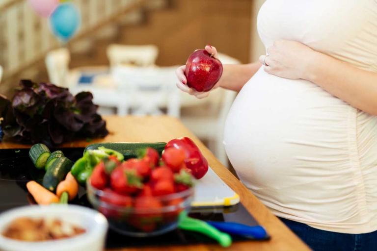 Hausmittel bei Verdauungsproblemen in der Schwangerschaft